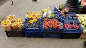 Früchte Bauernmarkt St. Petersburg, urlaub russland