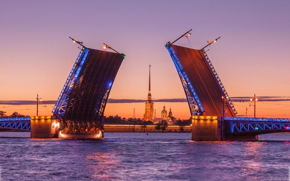 Sehenswürdigkeiten in St. Petersburg, Weiße Nächte