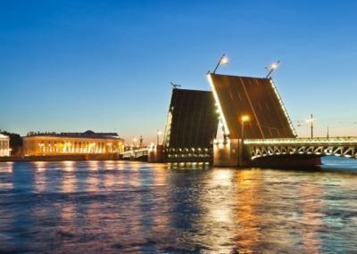 Schlossbrücke, St. Petersburg