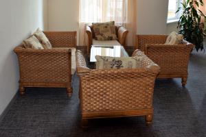 Hotel Camp Antarius - Sitzgruppe, Kamtschatka 2020
