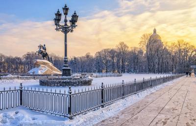 Silvesterreise nach St. Petersburg, Eherner Reiter