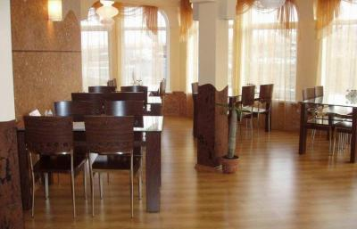 Hotel Camp Antarius - Frühstücksraum, Kamtschatka 2020
