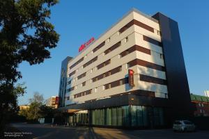 Hotel ibis Irkutsk Center - Fassade, Baikalsee